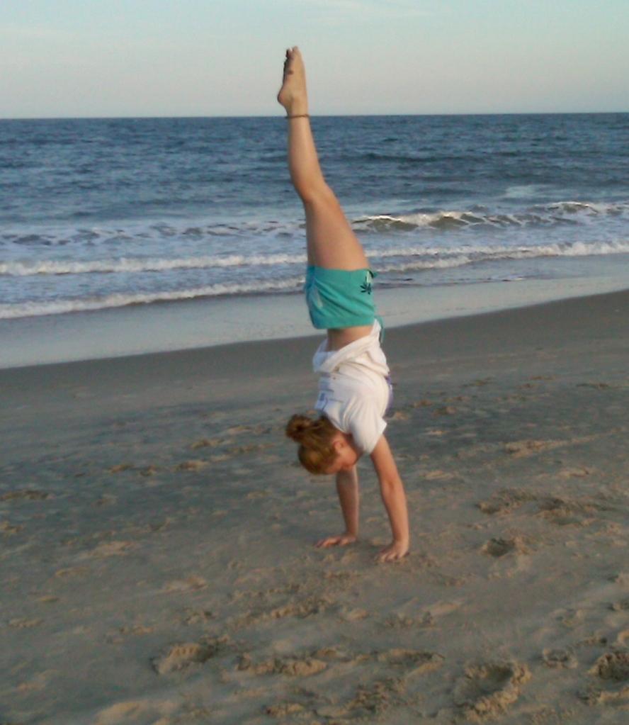 Holland handstand